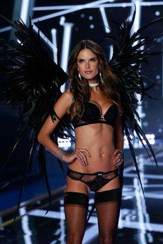 Victoria's Secret Fashion Show 2014 - Alessandra Ambrosio walks in the 2014 Victoria's Secret Fashion Show