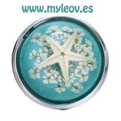 Novedad! Anillo Estrella Blanca en nuestra sección My Little Treasures en www.myleov.es Te esperamos!  #anillo #estrella #handmade #sea #lovely #azul #blue #shop #shoppingday #shopping