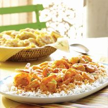 Shrimp In Coconut Sauce - This recipe is a breeze to prepare and makes for a succulent main course. Combining sautéed shrimp with GOYA® Coconut Milk and GOYA® Tomato Sauce creates a savory stew that accompanies rice perfectly. Prawn Recipes, Seafood Recipes, Asian Recipes, Chicken Recipes, Cooking Recipes, Healthy Recipes, Ethnic Recipes, Coconut Sauce, Coconut Milk
