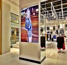 Foto de Video Wall no Varejo Wall E, Video Wall, Digital Signage, Retail, Photos