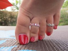 Ring my Bell with Your Toes! Feet Soles, Women's Feet, Red Pedicure, Pretty Pedicures, Toe Polish, Ring My Bell, Feet Gallery, Foot Toe, Cute Toes
