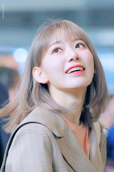 Sakura - Kpop idol Iz*one Cute Korean, Korean Girl, Asian Girl, Kpop Girl Groups, Kpop Girls, Yuri, Eyes On Me, Sakura Miyawaki, Japanese Girl Group