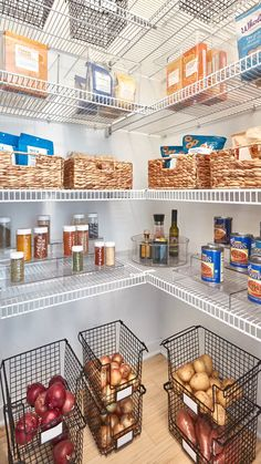 Pantry Transformation FALL into the new season with a clean start! 🙌 We ❤ this pantry before-and-after. Kitchen Pantry Design, Interior Design Kitchen, Kitchen Decor, Kitchen Ideas, Kitchen Living, Living Room, Kitchen Organization Pantry, Home Organization, Organized Pantry