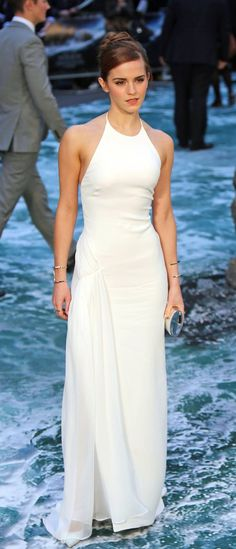 Emma Watson - 'Noah' Premiere in London, March 31, 2014 - Album on Imgur