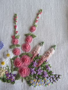 Creative Embroidery, Simple Embroidery, Modern Embroidery, Towel Embroidery, Silk Ribbon Embroidery, Cross Stitch Embroidery, Embroidery Stitches Tutorial, Hand Embroidery Patterns, Embroidery Designs