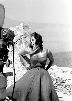 Summers in Hollywood - Elizabeth Taylor filming a scene fromSuddenly Last Summer in Spain, 1959. Photos by Burt Glinn