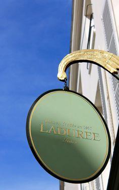eat read love...: Laduree Tea Salon, Saint-Germain, Paris