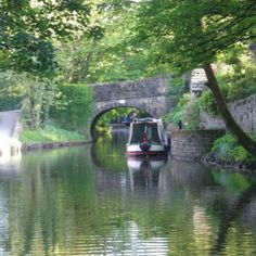 Canal in Uppermill, England My Ancestors, Travelling Tips, Genealogy, Yorkshire, Manchester, England, Spaces, Life, English
