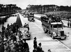 the opening of the Reichsautobahn connecting Frankfurt am Main and Darmstadt - 1935 (via juliamuller1889)