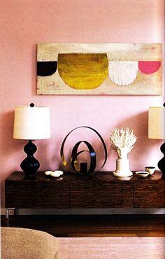 rosa wände anrichte wanddeko tischlampen dekoideen teppich