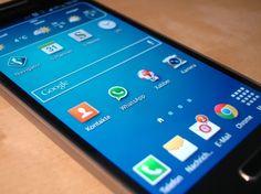 Tras varios meses de rumores, parece que al fin está al caer la opción que permita hacer llamadas de voz VoIP desde la aplicación WhatsApp.