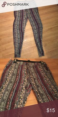 Floral Joggers Floral joggers w/ pockets! Draw string, never worn and very soft! Pants Track Pants & Joggers