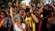 The joy of the people concentrated outside the Catalan Parliament when independence was declared on 27 october 2017.