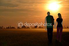 Влюбленная пара идти солнца — Стоковое фото © maikal777 #113417122
