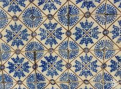 1000 images about desvres on pinterest delft deco cuisine and tile for Comcolle carrelage desvres