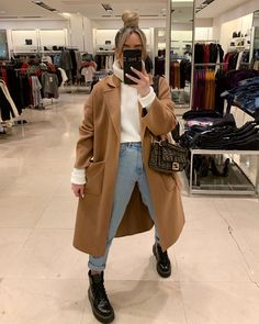 30 Cozy Fall & Winter Outfit Ideas | Secretly Sensational Winter Fashion Outfits, Fall Winter Outfits, Autumn Winter Fashion, Cute Casual Outfits, Chic Outfits, Zara Outfit, Mode Streetwear, Outfit Goals, Mode Inspiration