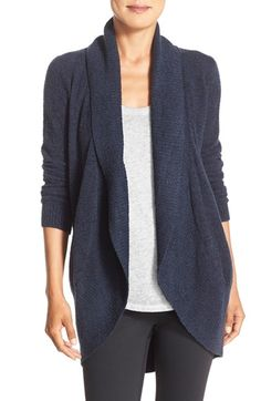 Free shipping and returns on Barefoot Dreams 'Circle' Cardigan at Nordstrom.com. A signature lightweight and cozy knit elevates the comfortof a chic longcardigan that looks great around the house or out on errands.