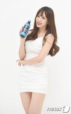 Sexy Asian Girls, Beautiful Asian Girls, Hani, Korean Beauty, Asian Beauty, Cute Girls, Cool Girl, Cute Japanese Girl, Stage Outfits