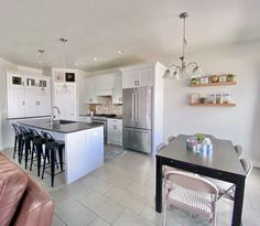 Kitchen Board, Kitchen Island, Kitchen Layout, Townhouse, Home Decor, Island Kitchen, Decoration Home, Terraced House, Room Decor