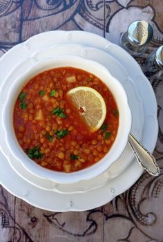 Paradicsomos lencseleves, salátának is Feta, Cooking, Ethnic Recipes, Kitchen, Brewing, Cuisine, Cook