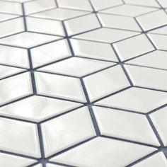 SomerTile 10.5x12.125-inch Victorian Rhombus Glossy White Porcelain Mosaic Floor and Wall Tile (10/Case, 9.04 sqft.)