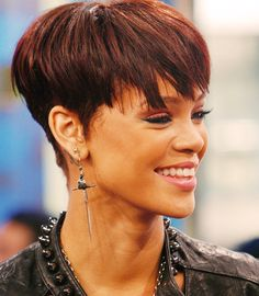 Rihanna love her bold short hair cuts