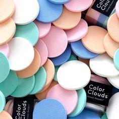 NEW COLOR CLOUDS!!!  // Ya están disponibles nuestras nuevas esponjas de maquillaje!! Encuentra tu cajita por 8 en www.toystyle.co LINK en BIO #toystyle #new #colorclouds #beautybooster #makeuptools #makeupsponge