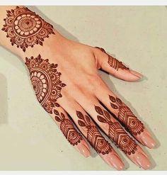 Superb Hand Mehndi Designs For Eid Festival Mehndi Tattoo, Henna Tattoo Designs, Henna Tattoo Muster, Finger Henna Designs, Beginner Henna Designs, Simple Henna Tattoo, Mehndi Designs For Fingers, Mehndi Simple, Henna Designs Easy