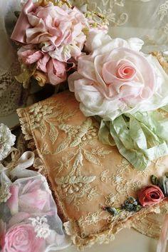 "enchanted-barnowlkloof: "" Lace Treasures """