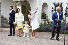 Swedish Royal Family Celebrates Crown Princess Victoria's 37th Birthday | MYROYALS &HOLLYWOOD FASHİON