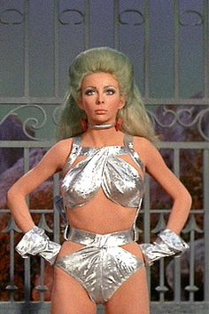 """Angelique Pettyjohn played Shahna in the Star Trek: TOS episode, """"The Gamesters of Triskelion"""". Great episode, but I always thought she looked like an Oompa-Loompa. Star Trek Cosplay, Star Trek Costumes, Star Trek Tv, Star Wars, Canal 13, Star Trek Images, Star Trek Original Series, Space Girl, Space Age"""