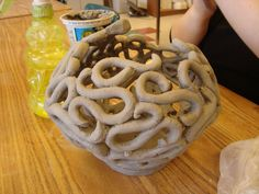 such a rad coil pot, never seen anything like this! would make such a rad fruit bowl or something