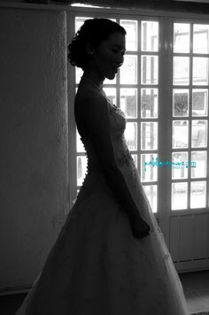 Beso robado. Stolen kiss. #f4f #fff #pic #fotografia #photographer #photo #familia #familiar #family #photobook #momentos #moments #love #weddingphotographer #wedding #weddinginspiration #groom #bride #novia #novio #picoftheday #we  #light Llámanos hoy Call us today +521 55 43 07 00 72 www.pabloarmus.com