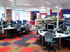 Swanbury Penglase Architects turned to Interface as their chosen carpet supplier for the refurbishment of the Linden Park School. They went with bright, colorful carpet to incorporate into the computer lab for an exciting and interesting learning space. #design #architecture