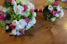 bukiet ślubny, bukiet, wiązanka, bukiet ślubny fuksja, bukiet pani młodej, pani młoda, ślub, wystrój ślubny, florystyka ślubna, kwiaty, kwiaty na ślub, kompozycje ślubne, kompozycje na stół, kompozycje na stoły, kwiaty na stoły, kwiaty na stół, kompozycje kwiatowe, wystrój wnętrz, dekoracje ślubne, dekoracja ślubna, dekoracja ślubna tarnów, dekoracja ślubna dębica, ślub tarnów, ślub tarnow, ślub dębica, ślub debica, ślun podkarpacie, ślub małopolska, wesele tarnów, wesele tarnow, wesele… Floral Wreath, Wreaths, Home Decor, Flowers, Homemade Home Decor, Flower Crowns, Door Wreaths, Deco Mesh Wreaths, Interior Design