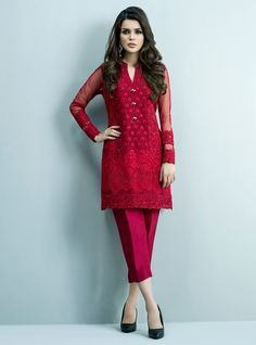 Beautiful Stitching Styles 2020 of Pakistani Dresses Pakistani Formal Dresses, Pakistani Dress Design, Pakistani Outfits, Indian Dresses, Indian Outfits, Casual Dresses, Fashion Dresses, Party Kleidung, Party Mode