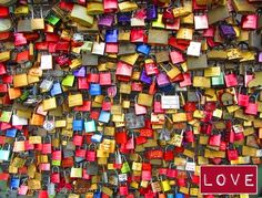 MoMMobiL: Vom Valentinstag ein Liebesschloss an der Hohenzollernbrücke ♥