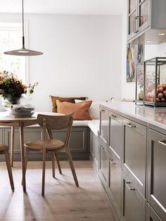 Beddinge, Breakfast Nook, Interior Inspiration, Kitchen Inspiration, Exterior Design, Decoration, Kitchen Design, New Homes, Layout