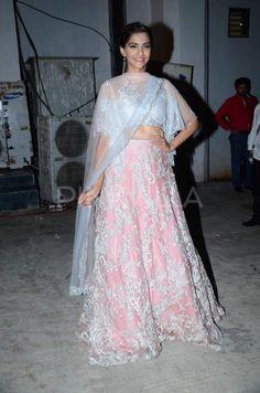Salman-Sonam spread their magic at 'Prem Ki Diwali' event | PINKVILLA