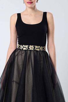 ZuzanaZachar / Opasok čierno zlatý vyšívaný Embroidery, Formal Dresses, Fashion, Dresses For Formal, Moda, Needlepoint, Fasion, Drawn Thread, Gowns