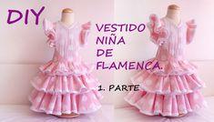 Vestido niña de flamenca: Como hacer un vestido flamenca de niña – Corte & Costura Little Girl Dresses, Girls Dresses, Flower Girl Dresses, Ruffle Skirt Tutorial, Baby Couture, Dress Tutorials, Diy For Girls, Sewing For Kids, Diy Clothes