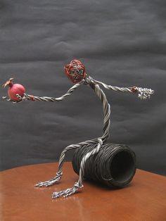 Mehrdad Golkia - Wire Sculpture