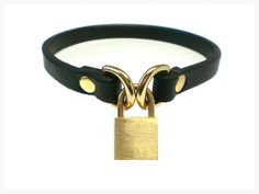 """1/2"""" wide Black BDSM Day Collar for slave or sub, made with Exquisite Chahin Bridle Leather and solid brass hardware with Mast style Dee Rings."""