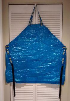 IKEA FRAKTA Bag Apron. Great for bathing dogs.