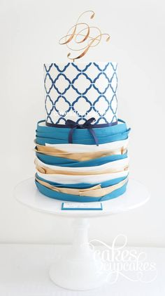 we ❤ this! moncheribridals.com #weddingcake #blueweddingcakes
