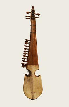 Rubab afgano. Origen: Afganistán. Colección Instrumentos musicales con historia - Emilio Villalba