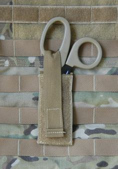 Trauma shears holster with a single MOLLE strap on the rear. Made by A-Two Tactical of Taiwan. Tactical Medic, Tactical Survival, Survival Tools, Bushcraft, Trauma, Molle Accessories, Bug Out Gear, Service Dog Patches, Molle Gear