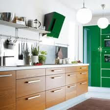 10 Ways to Give Your Rental Kitchen a Little Love Ikea Kitchen Design, Rental Kitchen, Stylish Eve, Piece A Vivre, Green Kitchen, Cuisines Design, Decorating Blogs, Green And Brown, Home Renovation
