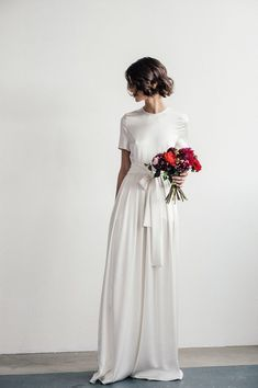 Elegant Wedding Dress, A Line Chiffon Short Sleeve Wedding Dress, Crew Neck Bridal Dress , Charming Bridal Gown Elegantes Brautkleid,. Bridal Gowns, Wedding Gowns, Wedding Blog, Wedding Venues, Wedding List, Hair Wedding, Wedding Rings, Sleeve Wedding Dresses, Civil Ceremony Wedding Dress
