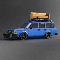 Lego Tree, Volvo Wagon, Pull Wagon, Popular Costumes, Volvo 240, Lego Speed Champions, Bday Cards, Lego News, Lego Design